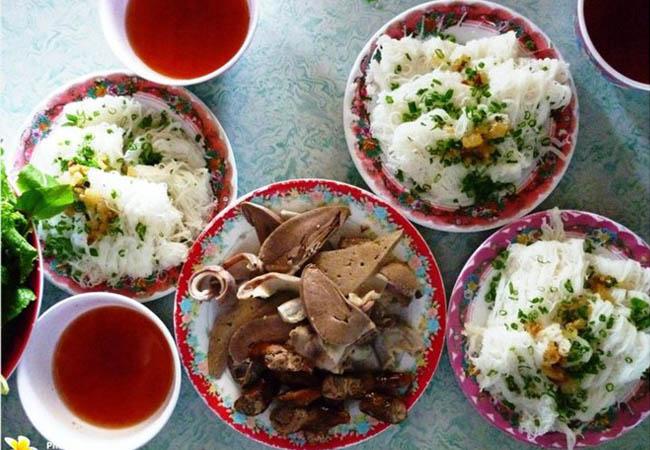 Bánh hỏi Diêu Trì đặc sản của Bình Định